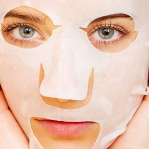 by carboxytherapy mask against open pores